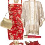 Blazer auriu cu franjuri in outfit cu rochita inflorata